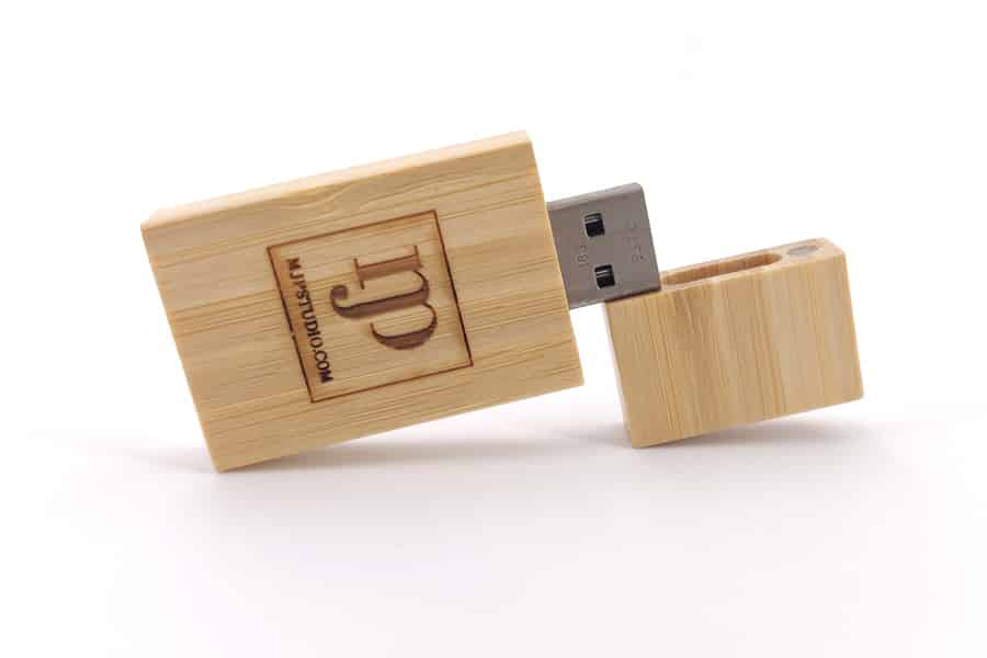 cle-USB-eco-Wood-Gravure-Bambou